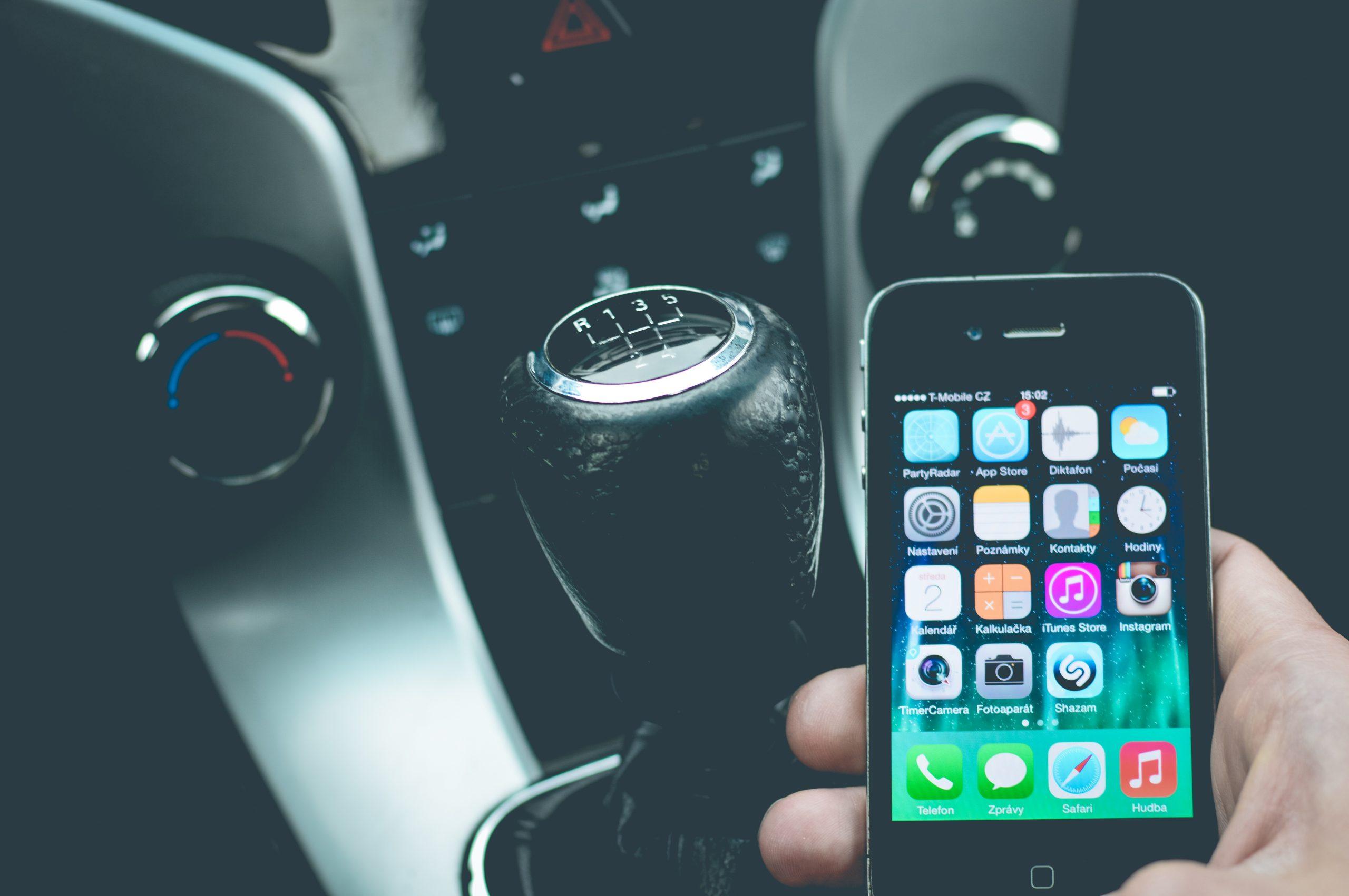 10 drošas braukšanas padomi